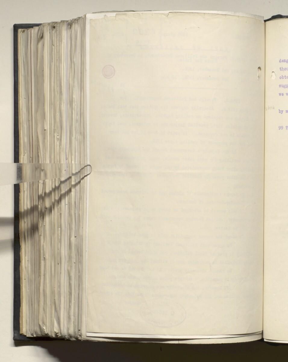 File 4011/1923 Pt 1 'PERSIAN GULF NEGOTIATIONS 1928-33. BASIDU.' [617v] (1239/1306)