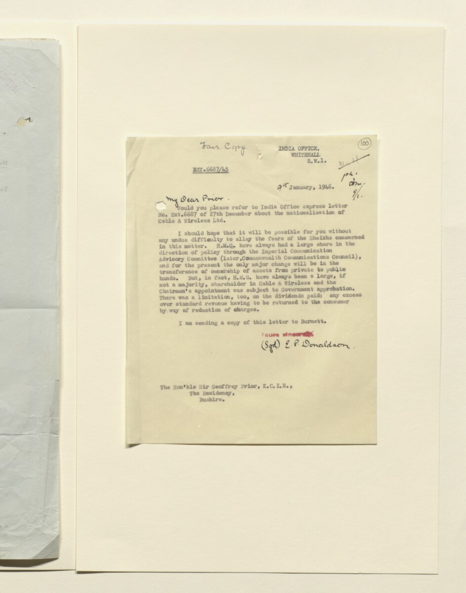 Coll 35/20 'Persian Gulf: Bahrain; installation of a telephone communication between the wireless station of Imperial and International Communications Ltd at Manamah and the landing ground at Muharraq' [100r] (199/431)